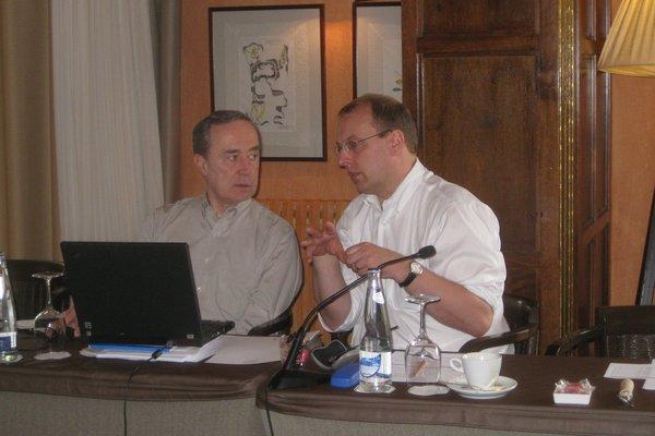 Drs. Nicholas Chiorazzi and Jan Burger